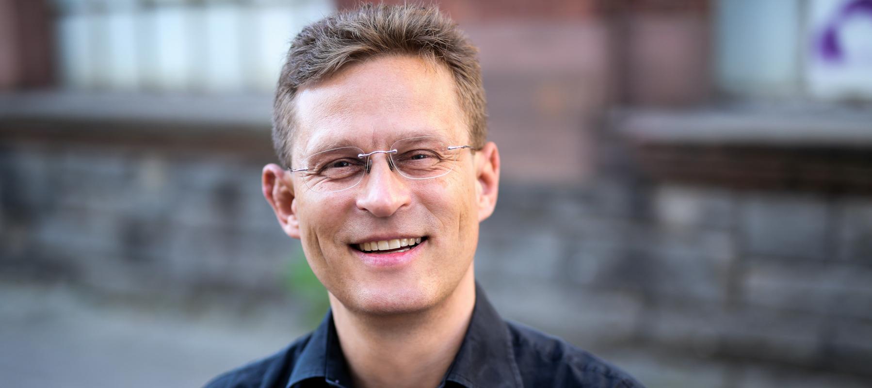 Pascal Fischer - Kritiker, Journalist, Trainer in Berlin, Frankfurt am Main und Köln